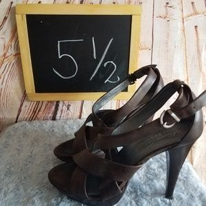 Kenneth Cole New York Heels Size 5 1/2